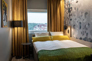 room standard queen at scandic pasila in helsinki finland