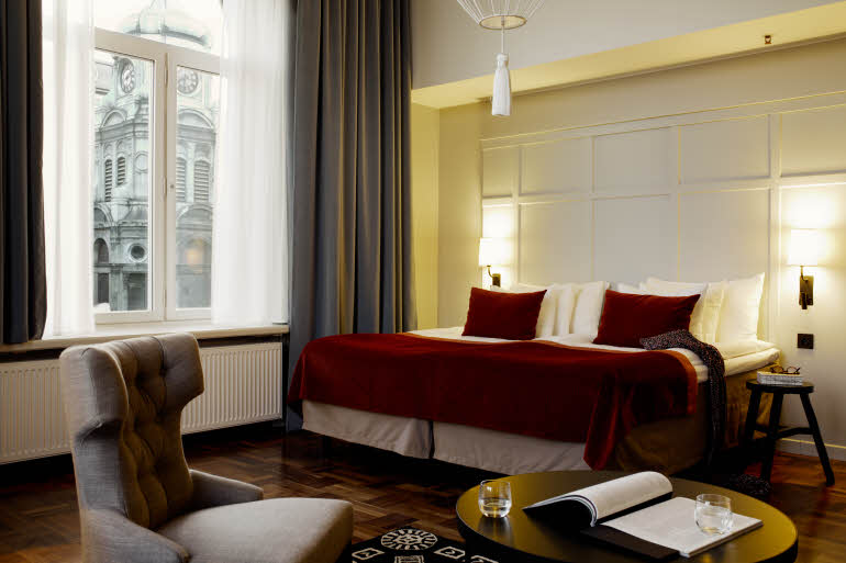 Scandic-Grand-Central-Interior-junior-suite.jpg