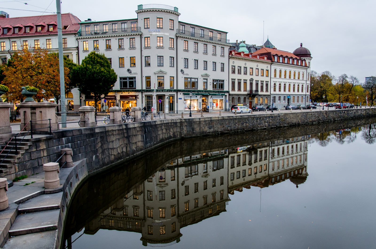 sweden-gothenburg-reflections.jpg