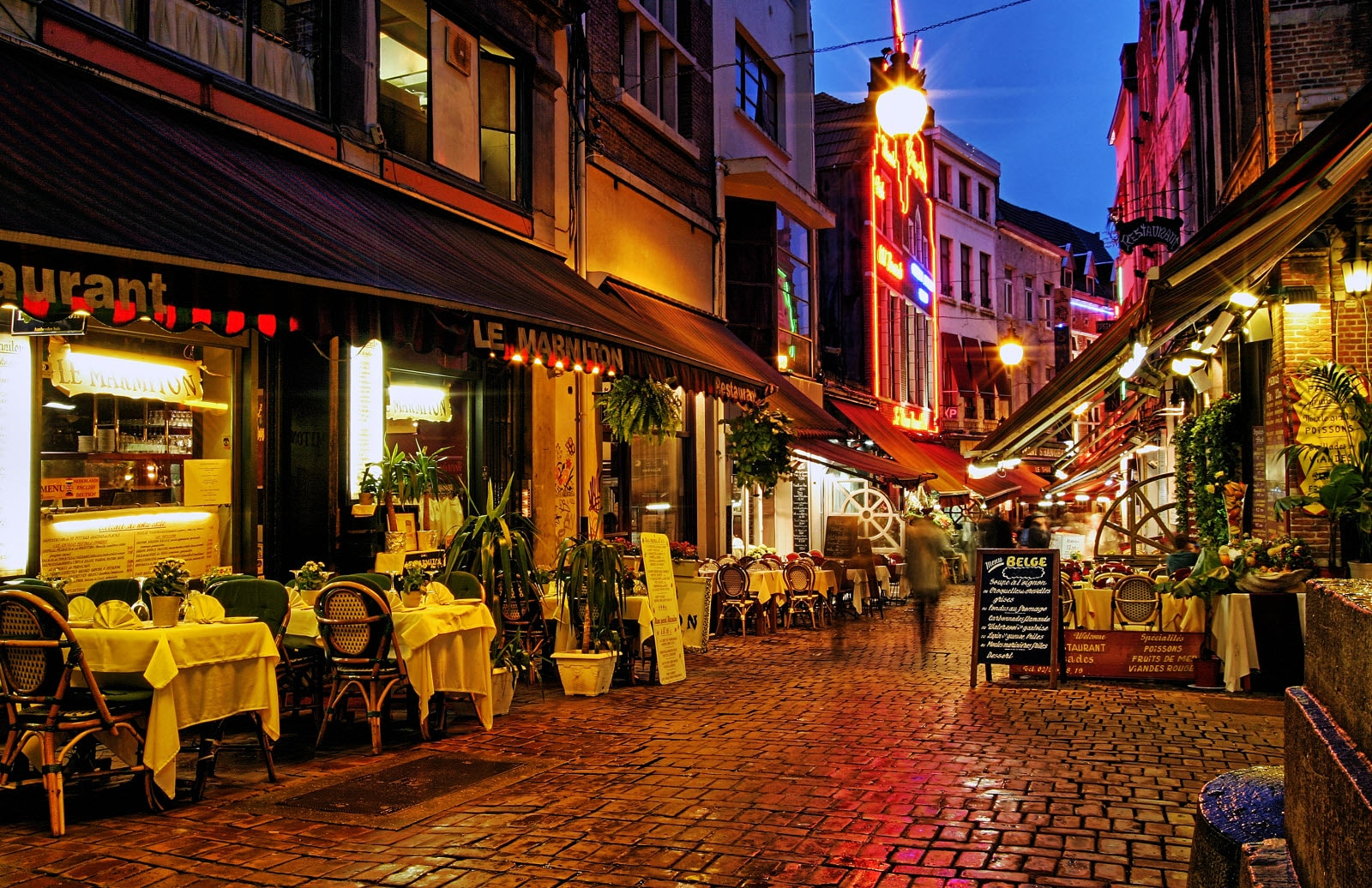 Streets in the night, restaurants, Brussels