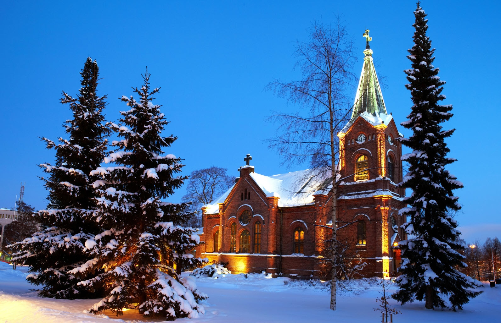 Church-winter-keijo-penttinen.jpg