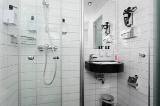 Scandic Ringsaker, Hamar, bathroom, standard room
