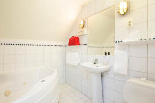 Scandic Grimstad, Grimstad, junior suite, bathroom, bath